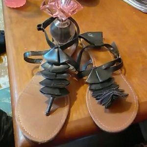 Mia sandals EUC
